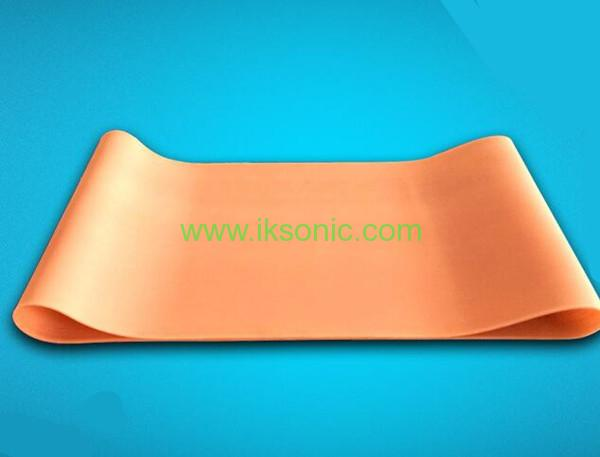 Silicone Conveyor Belt manufacturer supplier Red Conveyor Belt fabric inserted plastic bag machine fabric rib belt